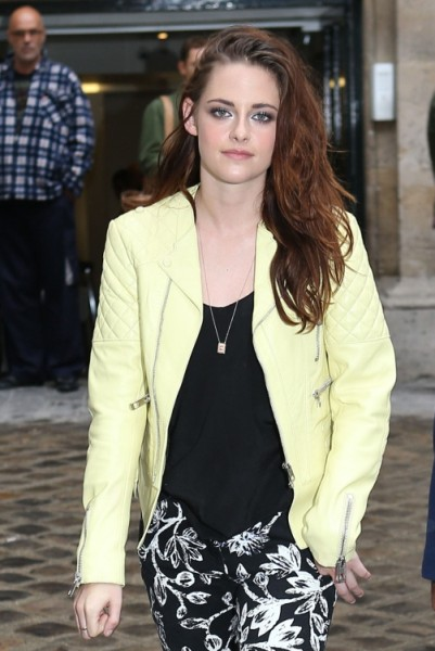 Kristen Stewart At Balenciaga Show - Hot Or Hot Mess? (Photos) 0927