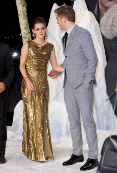 Kristen Stewart Engagement Ring Being Designed, Will Wedding To Robert Pattinson Be Soon? 1214