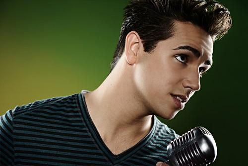 "Lazaro Arbos American Idol ""Close To You"" Video 4/10/13"