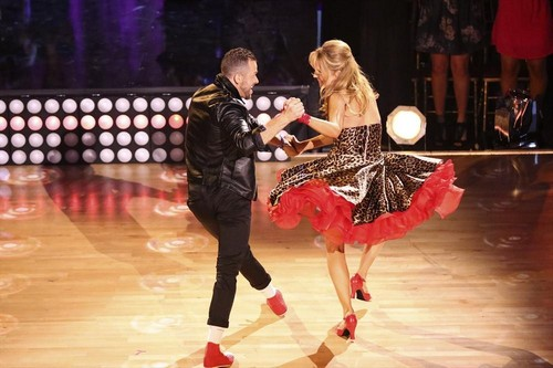 Lea Thompson & Artem Chigvintsev Dancing With the Stars Cha Cha Cha Video Season 19 Week 3 9/29/14 #DWTS
