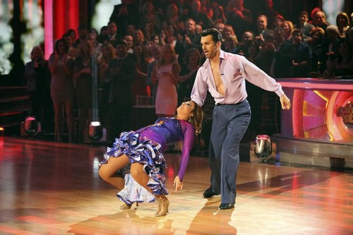 Leah Remini Dancing With the Stars Viennese Waltz Video 11/4/13