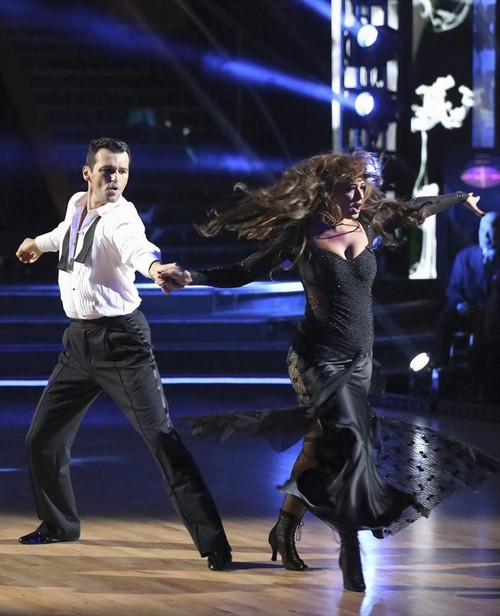 Leah Remini Dancing With the Stars Cha Cha Cha Video 10/7/13