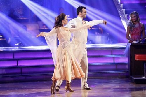 Leah Remini Dancing With the Stars Tango Video 11/11/13
