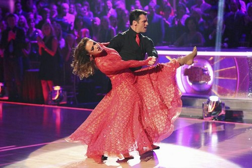 Leah Remini Dancing With the Stars Paso Doble Videos 11/18/13