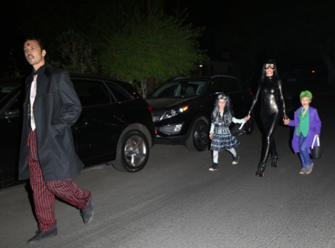 Liberty Ross Halloween With Rupert Sanders Tells Kristen Stewart To Scratch Off (Photos) 1101
