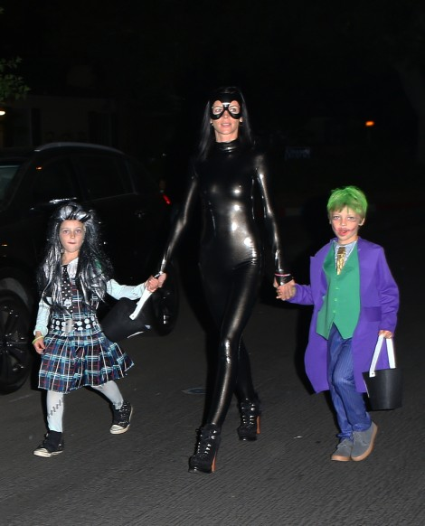 Liberty Ross Halloween With Rupert Sanders Tells Kristen Stewart To Scratch Off (Photos) 1101