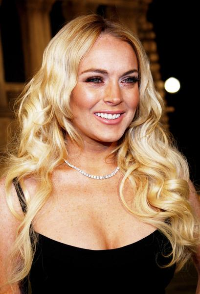 Lindsay Lohan Suspect In Criminal Battery Investigation