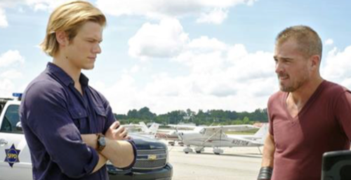 Watch the debut of 'MacGyver' on CBS