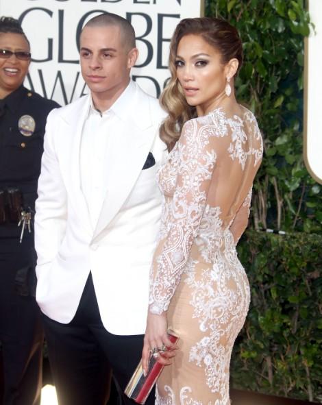 Jennifer Lopez Giving Nicki Minaj Tips On How To Piss Off Mariah Carey On American Idol