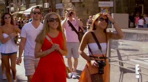 """Married To Jonas Season 1 Episode 8 """"Italy With The In-Laws"""" Recap 10/14/12"""