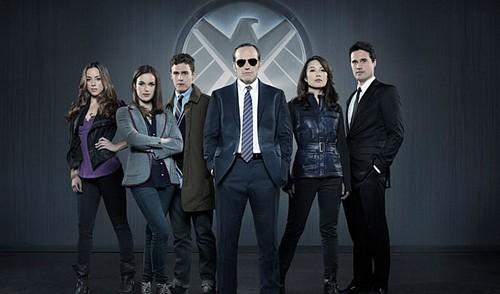 "Marvel's Agents of S.H.I.E.L.D RECAP 9/24/13: Season 1 Premiere ""Pilot"""