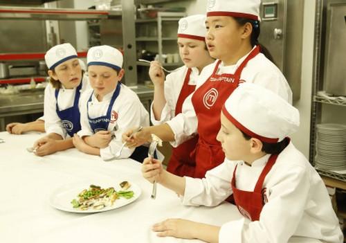 "Masterchef Junior RECAP 10/25/13: Season 1 Episode 5 ""Restaurant Takeovers"""