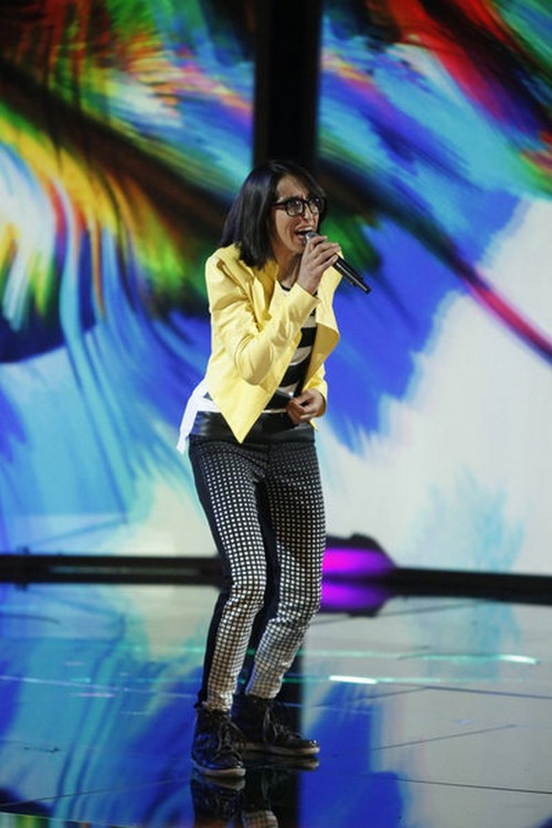 "Michelle Chamuel & Usher The Voice Finale ""One"" Video 6/17/13"