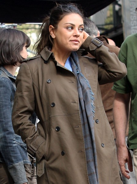 Mila Kunis Worried Miley Cyrus Is Trying To Steal Ashton Kutcher 0919