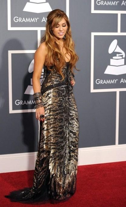 Miley-Cyrus-Grammys-2011