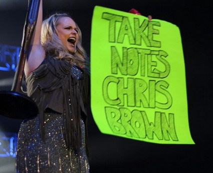 Miranda Lambert Threatens Chris Brown's Life (Video)