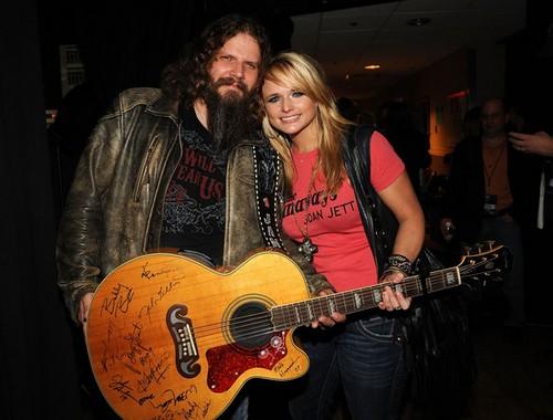 Miranda Lambert Cheated On Blake Shelton With His Best Friend Jamey Johnson - Caught Having Sex Together on Tour