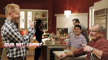 Modern Family Recap: Season 3 Episode 14  'Me? Jealous?' 2/8/12