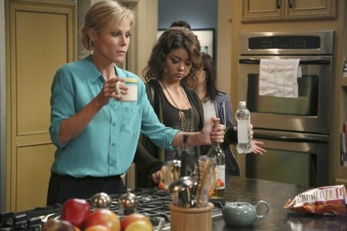 "Modern Family RECAP 10/16/13: Season 5 Episode 5 ""The Late Show"""