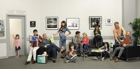 "Modern Family Recap Season 4 Episode 1 ""Bringing Up Baby"" 9/26/12"