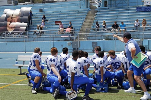 "Modern Family RECAP 12/4/13: Season 5 Episode 9 ""The Big Game"""