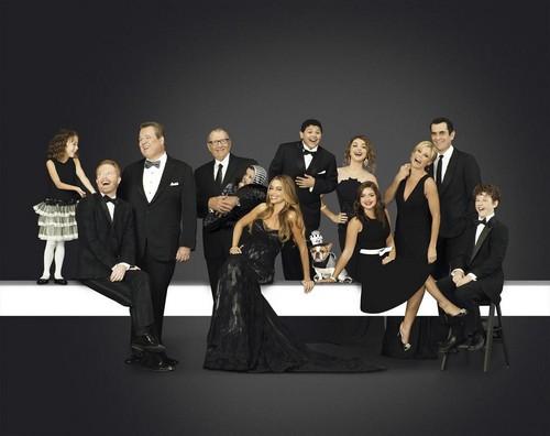 "Modern Family RECAP 10/2/13: Season 5 Episode 3 ""Larry's Wife"""