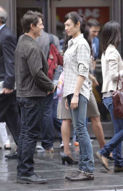 Tom Cruise Rebounding With Angelina Jolie Look-Alike, Olga Kurylenko 0317