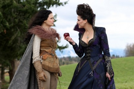 Once Upon a Time Recap: Season 1 Episode 21 'An Apple Red as Blood' 05/06/12