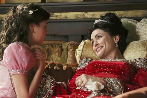"Once Upon a Time RECAP 3/3/13: Season 2 Episode 15 ""The Queen is Dead"""