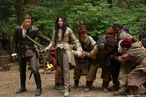 "Once Upon a Time RECAP 10/6/13: Season 3 Episode 2 ""Lost Girl"""