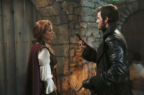 """Once Upon A Time LIVE RECAP 4/13/14: Season 3 Episode 17 """"The Jolly Roger"""""""