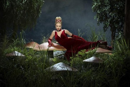 """Once Upon a Time in Wonderland RECAP 10/10/13: Season 1 Premiere """"Down the Rabbit Hole"""""""