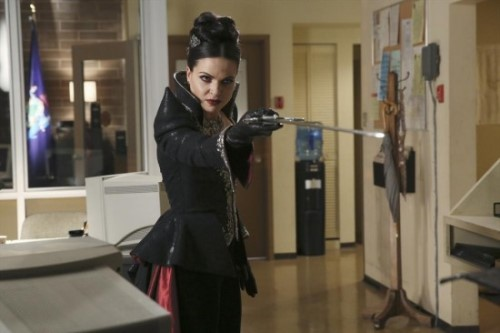 "Once Upon a Time Recap - One Villain Vanquished, Another Rises: Season 4 Episode 10 ""Shattered Sight"""