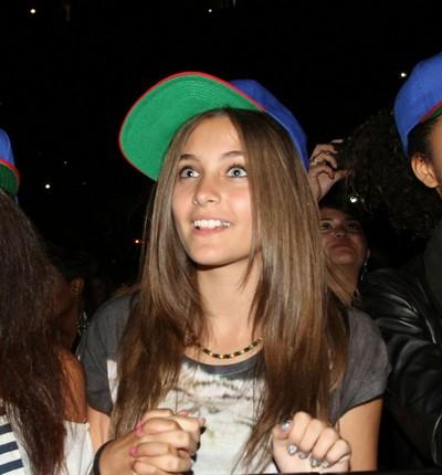 Chris Brown Gives the VIP to Michael Jackson's Daughter Paris Jackson