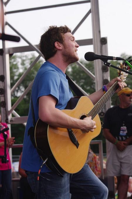 Phillip Phillips American Idol 2012 'SONG 2' Video 5/16/12