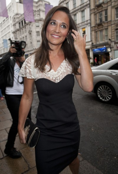 Pippa Middleton Distances Herself From Prince Harry In New Book 0829