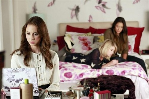 "Pretty Little Liars Season 3 Episode 16 ""Misery Loves Company"" Recap 01/22/13"