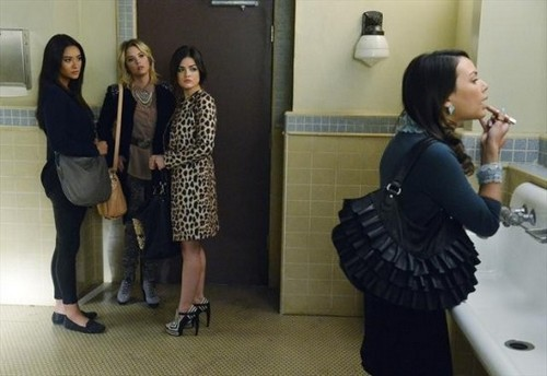"Pretty Little Liars RECAP 3/5/13: Season 3 Episode 22 ""Will the Circle Be Unbroken?"""