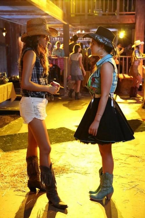 "Pretty Little Liars Season 4 Episode 11 REVIEW ""Bring Down the Hoe"""