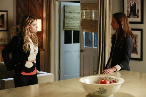 "Pretty Little Liars RECAP 7/2/13: Season 4 Episode 4 ""Face Time"""