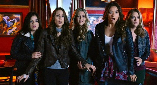 "Pretty Little Liars LIVE Recap and Review: Season 5 Episode 6 ""Run, Ali, Run"""