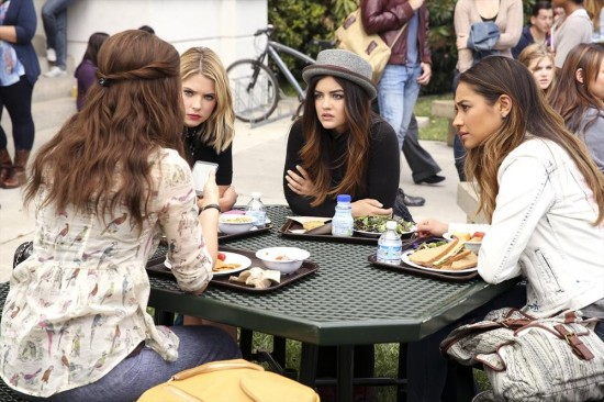 "Pretty Little Liars LIVE Recap: Season 5 Episode 4 ""Thrown From the Ride"""