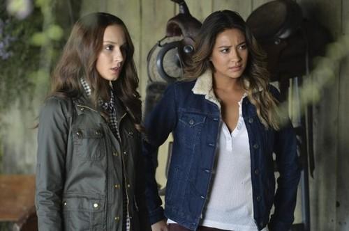 """Pretty Little Liars Live Recap: Season 5 Episode 8 """"Scream for Me"""" 7/29/14"""