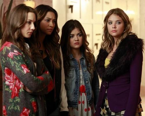 "Pretty Little Liars Season 4 Episode 14 Review: Spoilers Episode 15 ""Love ShAck, Baby!"""