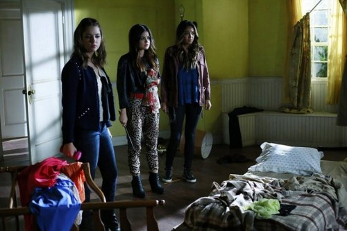 "Pretty Little Liars RECAP 1/21/14: Season 4 Episode 16 ""Close Encounters"""