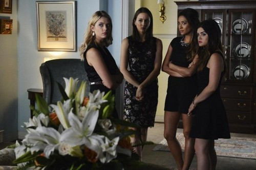 "Pretty Little Liars Recap 6/24/14: Season 5 Episode 3 ""Surfing the Aftershocks"""