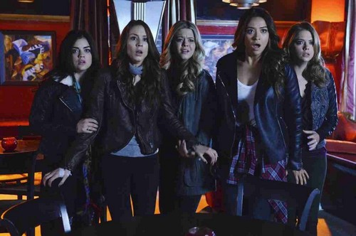 Pretty Little Liars Season 5 Spoilers: Ezra Fights For His Life, Caleb Rivers Returns, And Spoby Scenes!