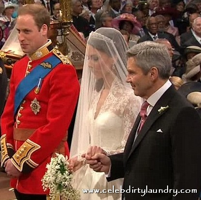 Kate Middleton's Wedding Dress - Photos
