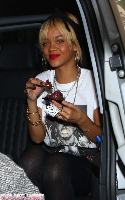 Rihanna Celebrates 24th Birthday In London (Photo)