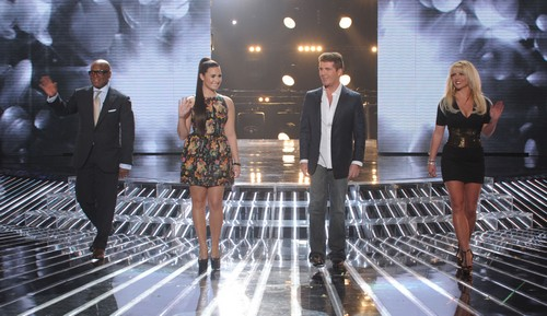 Who Got Voted Of The X Factor USA Tonight 11/15/12?